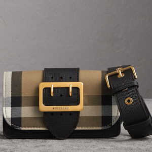 [정품]  버버리 BURBERRY  40224601 SMALL BUCKLE BAG